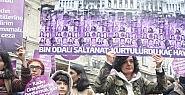 Taksim'de Kadına şiddet Protesto Edildi
