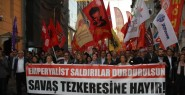 Taksim'de Tezkere Protestosu