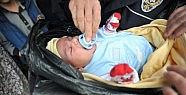Üç aylık bebek çöp poşetine sarılı halde bulundu