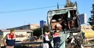 Yolcu Otobüsüyle Kamyon çarpıştı:...