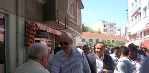 Türkiye Fırtınanın Içerisinde Dimdik Ayakta Duruyor