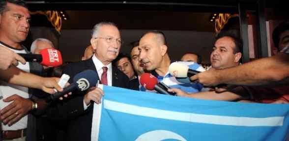 ''türkmenlere Yardım Edilmeli''