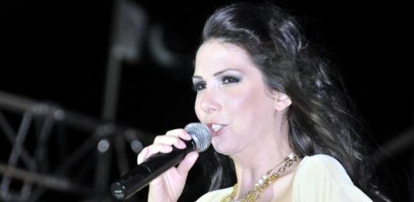 Ünlü şarkıcı Trafik Kazası Geçirdi