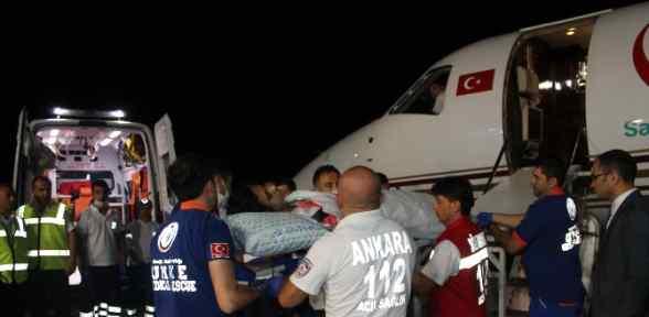 Yaralı 4 Filistinli Türkiye'de