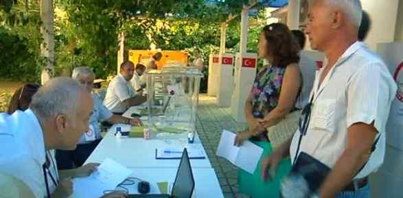 Yunanistan'daki Gurbetçiler Sandık Başında