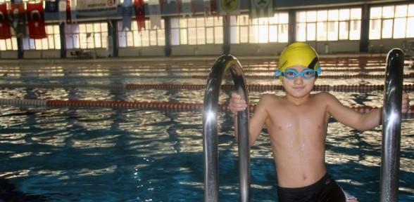 Yüzerek Yaşama Tutundu