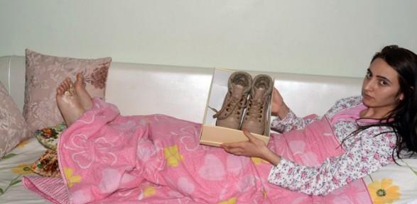 'zehirli Ayakkabı' Iddiasına Bakanlık Incelemesi